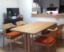ウイングLUXサイドチェア&シラカワのオーダーテーブル
