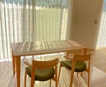 日進木工 ソフセミアームチェア、GROWシリーズダイニングテーブル